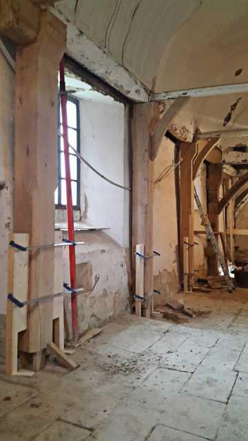 Restauration-de-poutres-en-chene-Chapelle-de-St-Malo-orne-(2)